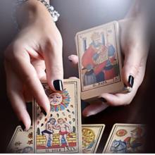 La cartomancie est un art divinatoire.